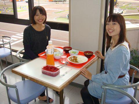 新潟中央自動車学校の食事例