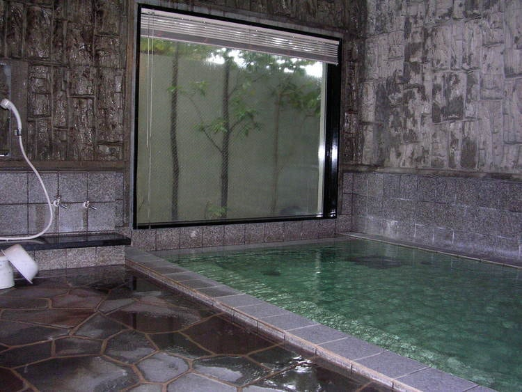 諏訪中央自動車学校温泉に入れる教習所特集用写真