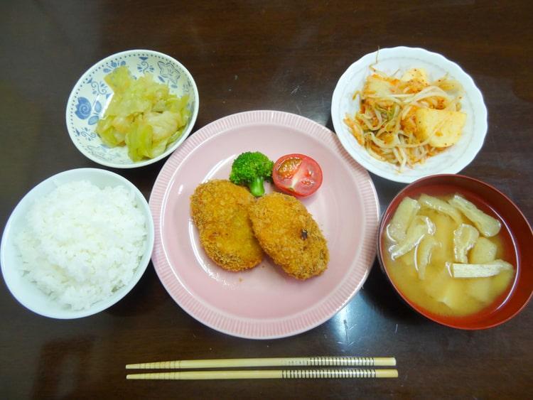 越後湯沢 六日町自動車学校の食事例