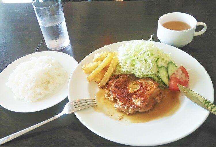千倉自動車教習所の食事例