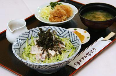 高知家・安芸自動車学校食事がおいしい教習所特集用写真